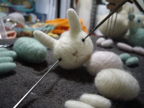 Bunnyneedleeyes